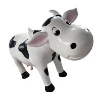 Tượng bò sữa trang trí ngoài trời bằng composite