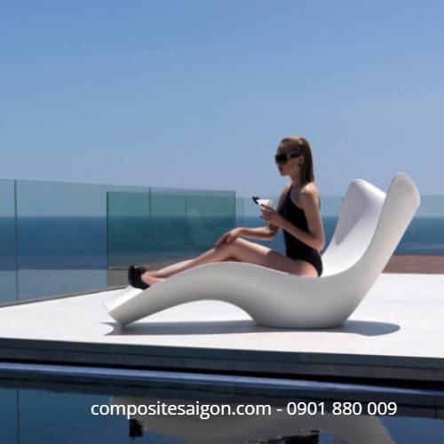 Ghế tắm nắng composite không chân