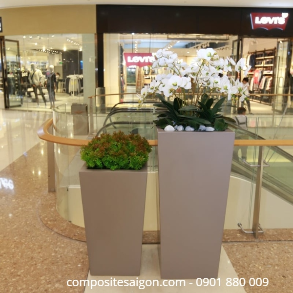 Giá chậu hoa composite cao cấp