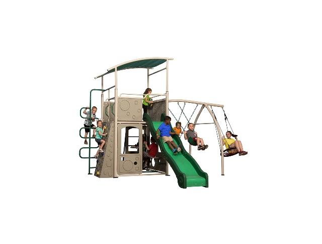 Trò chơi liên hoàn composite biến sân vườn thành khu vui chơi