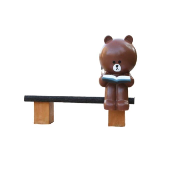 Mô hình gấu nâu ngồi ghế